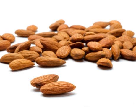 almonds-vitamin-e-lg