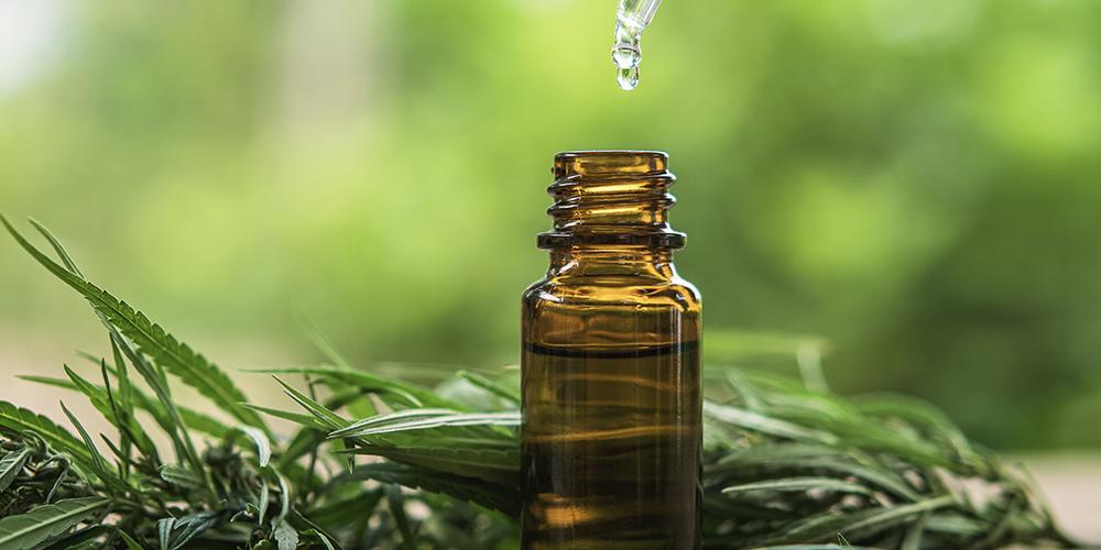 FDA Expands Supplement Attack, Targets Hemp Oil